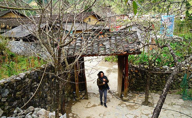 Ở Hà Giang, có một ngôi nhà cổ đẹp lạ ẩn mình giữa cao nguyên đá - 6