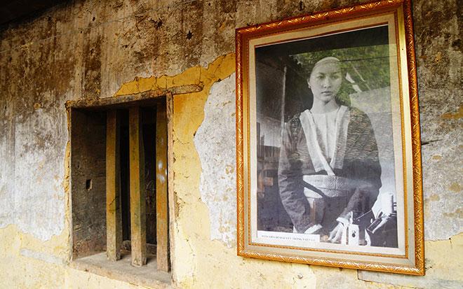 Ở Hà Giang, có một ngôi nhà cổ đẹp lạ ẩn mình giữa cao nguyên đá - 8