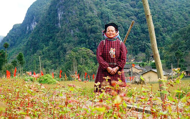 Ở Hà Giang, có một ngôi nhà cổ đẹp lạ ẩn mình giữa cao nguyên đá - 13