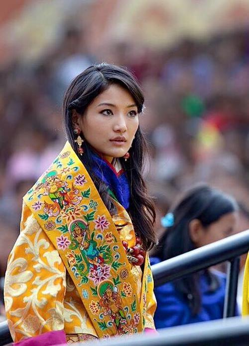 Nhan sắc của hoàng hậu Bhutan: Nàng lọ lem vạn người mê - 1