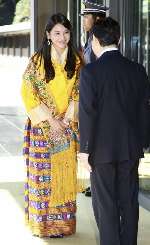 Nhan sắc của hoàng hậu Bhutan: Nàng lọ lem vạn người mê - 6