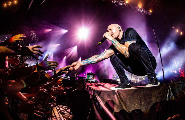 Thủ lĩnh Linkin Park dùng thuốc lắc trước khi tự tử - 4
