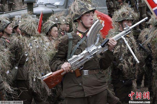 Sự đáng sợ của súng máy Type 73 cực lạ từ Triều Tiên