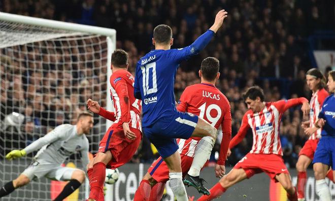 Chelsea hòa may mắn: Conte vẫn cao ngạo dọa dẫm Barca, PSG 1