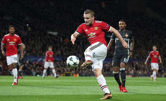 """Kèo trái Luke Shaw chói sáng: """"Bom tấn"""" mùa đông cho MU – Mourinho - 2"""