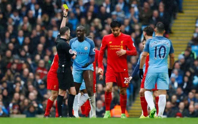 Trọng tài bắt derby Manchester: Hung thần cầm còi, triệu fan MU lo nơm nớp 3