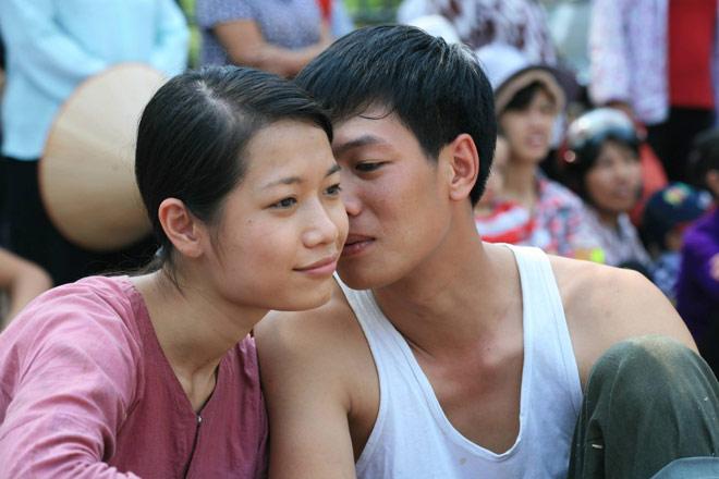 """Sự thật về nữ diễn viên có nhiều cảnh nóng nhất phim """"Thương nhớ ở ai"""" - 2"""