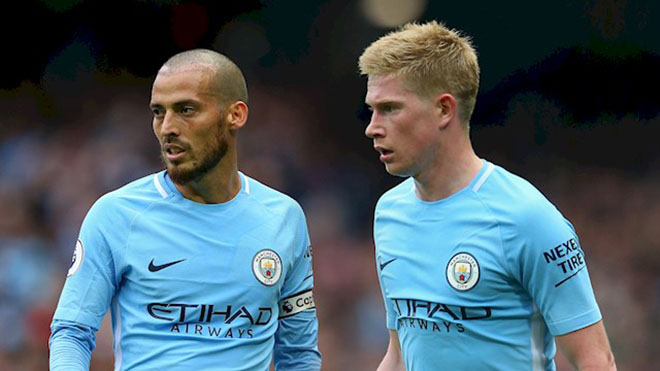 """Ngoại hạng Anh trước vòng 16: MU xây tường thành, Man City """"mài đao"""" xông tới 3"""