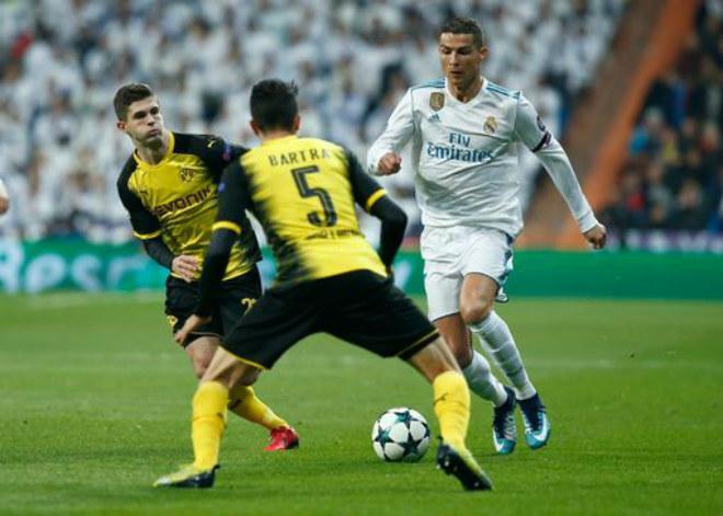 Ronaldo ghi siêu phẩm cúp C1: Chạm 2 kỉ lục, chờ ẵm Bóng vàng - 2
