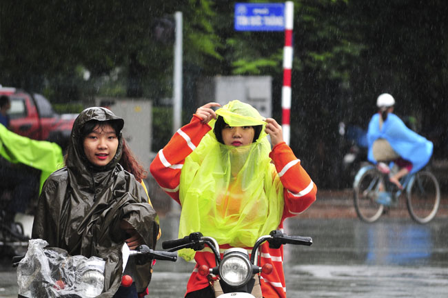 Không khí lạnh tăng cường, miền Bắc chìm trong mưa rét - 1