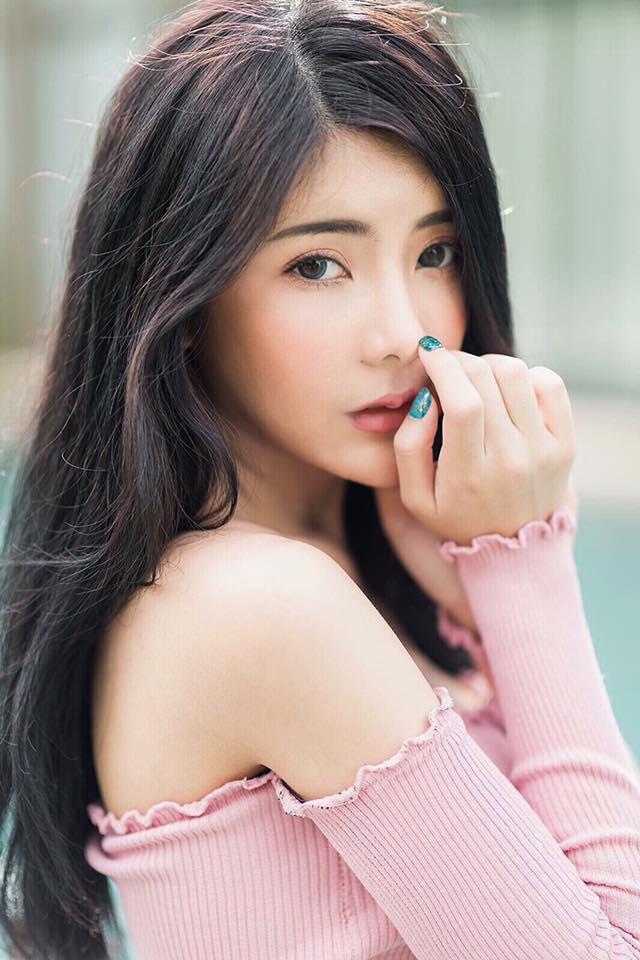 Hot girl Thái Lan gây sốt với thân hình chữ S siêu gợi cảm - 4
