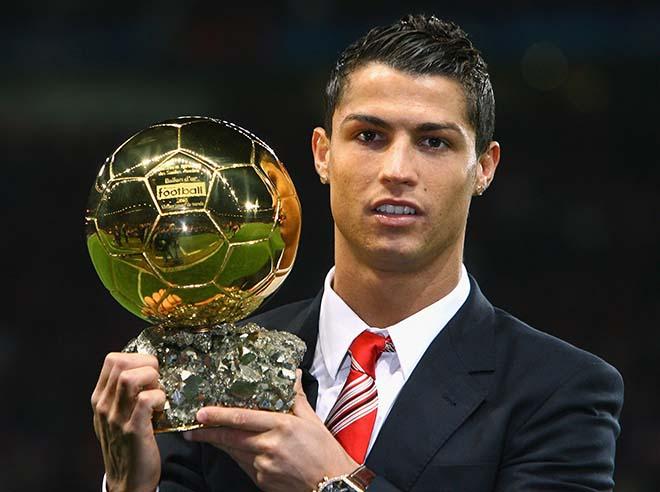 """Vua bóng đá Ronaldo: Bóng vàng không vết xước, """"khóa miệng"""" anti-fan 1"""