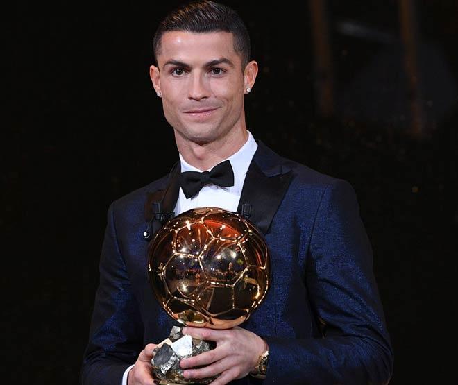 """Ronaldo đoạt Quả bóng Vàng thứ 5: Nhắc khéo Messi, còn """"tham"""" nữa"""