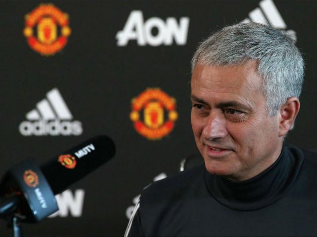 Họp báo MU - Man City: Mourinho úp mở Fellaini, phản đòn Pep - 1