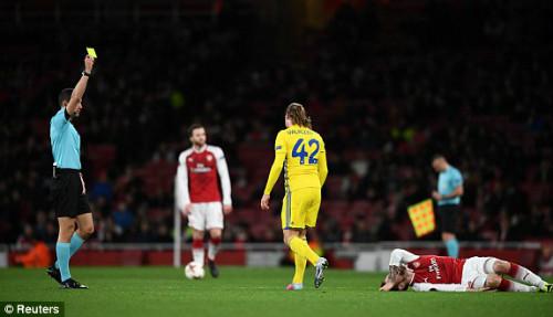 Chi tiết Arsenal - BATE Borisov: Giroud hụt cú đúp, Emirates vẫn tưng bừng (KT) 23