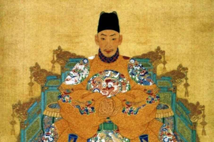 2 mặt của vị hoàng đế thác loạn, ngông cuồng khét tiếng TQ