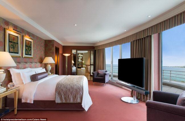 Có gì bên trong phòng khách sạn đắt nhất thế giới?