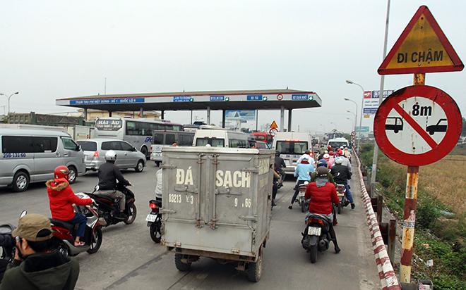 Sau Cai Lậy, tài xế tiếp tục trả tiền lẻ qua BOT Quốc lộ 5