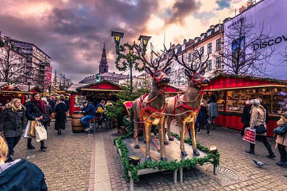 Không khí nóng rực tại 7 thành phố lộng lẫy nhất dịp Giáng sinh - 2