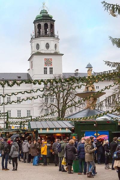 Không khí nóng rực tại 7 thành phố lộng lẫy nhất dịp Giáng sinh - 4