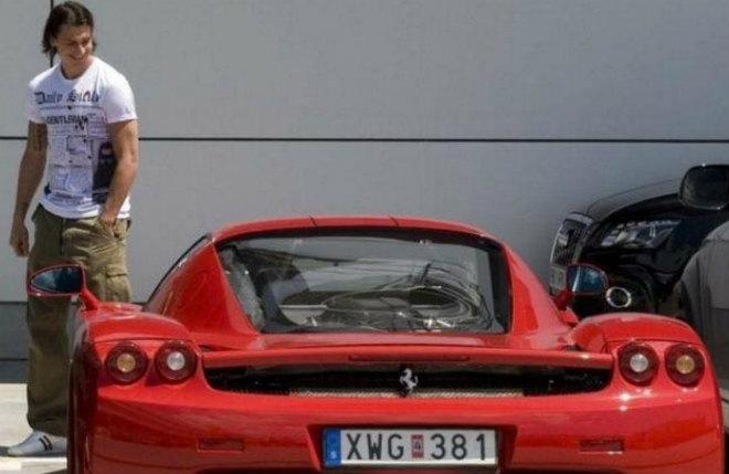 """Choáng: So kè siêu xe Mayweather - Ronaldo """"hít khói"""" ông già 71 tuổi 3"""
