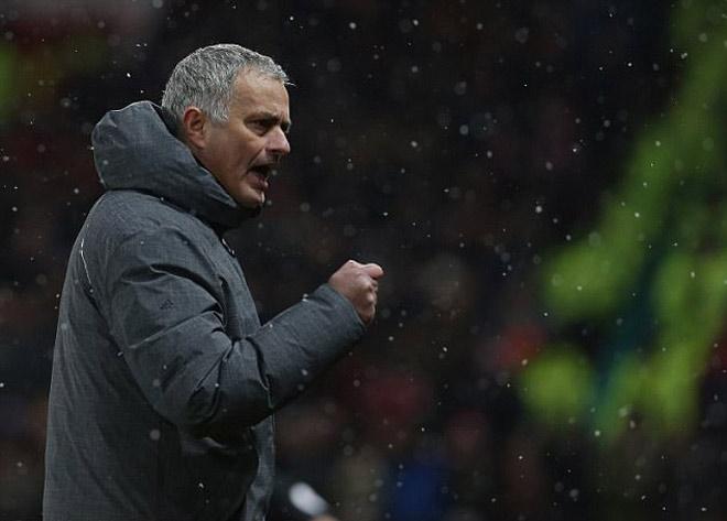 MU - Mourinho: Ngoại hạng Anh hết cửa, Cúp C1 quá tầm với, mùa giải đã hết? 1