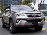 Tin tức ô tô - Toyota Fortuner khó bán khi giá tăng 200 triệu