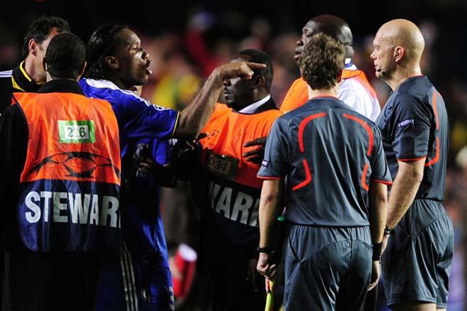 """Chelsea - Barca Cup C1: Messi ám ảnh, Hazard sẽ """"lắc hông"""" như Ronaldinho? 2"""