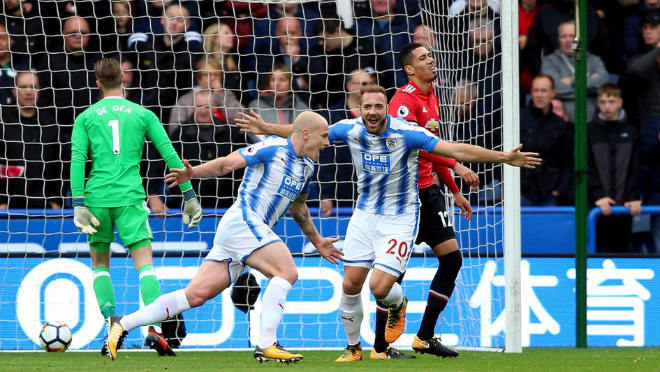 """Huddersfield – Chelsea: Nhà vua cẩn thận """"vết xe đổ"""" MU 2"""