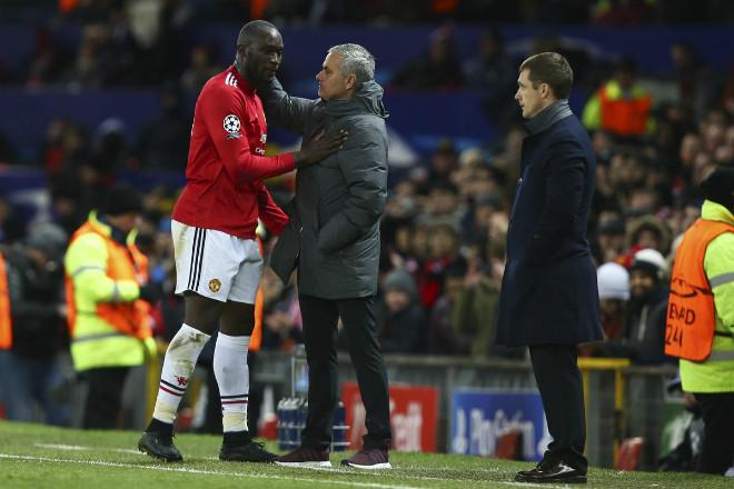 Đua vô địch với Man City, MU lạc lối vì Mourinho nhìn người sai lầm? 2