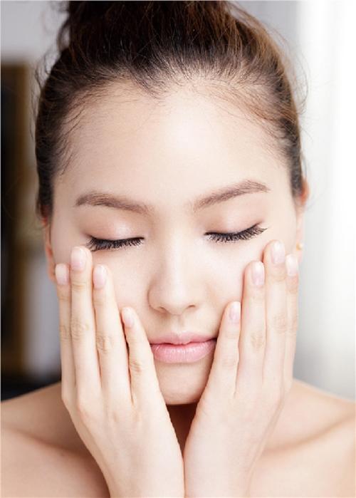 Vì sao nhiều phụ nữ Hàn dù 70 tuổi, da vẫn căng bóng không một nếp nhăn - 2