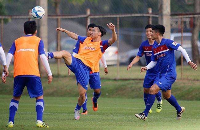 U23 Việt Nam - U23 Uzbekistan: Ông Park Hang Seo tung bài mới