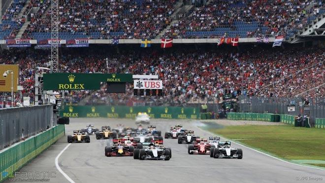 Đua xe F1, biến động 2018: Thắt chặt an ninh, tạo bữa tiệc thịnh soạn 4
