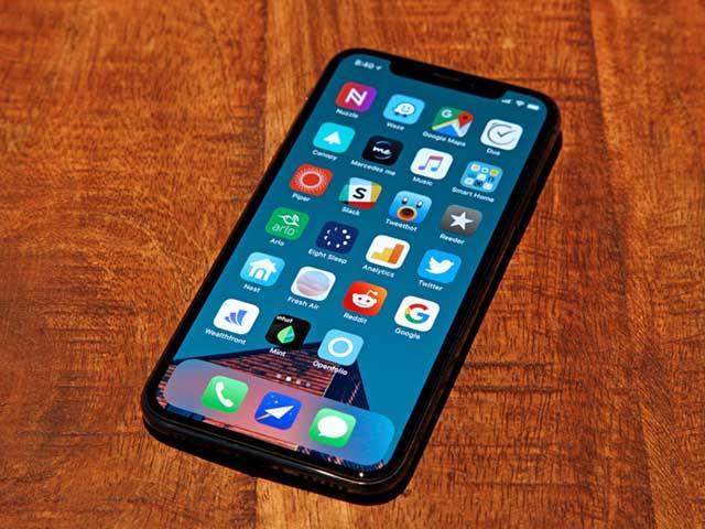 """Số nhọ"" đổi iPhone X hai lần vẫn bị đồng nghiệp qua mặt Face ID - 3"