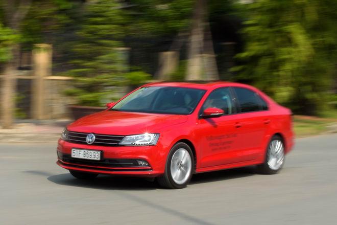 Kiểm chứng Volkswagen Jetta, xe Đức dưới 1 tỷ đồng - 3