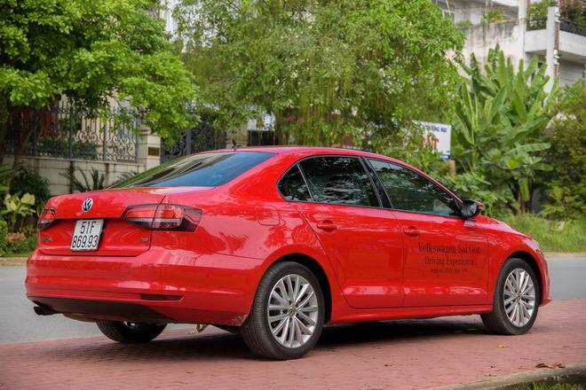 Kiểm chứng Volkswagen Jetta, xe Đức dưới 1 tỷ đồng - 9
