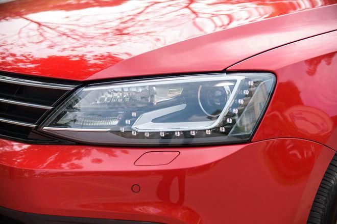 Kiểm chứng Volkswagen Jetta, xe Đức dưới 1 tỷ đồng - 10
