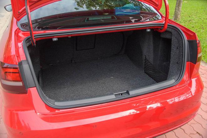 Kiểm chứng Volkswagen Jetta, xe Đức dưới 1 tỷ đồng - 12