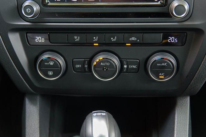 Kiểm chứng Volkswagen Jetta, xe Đức dưới 1 tỷ đồng - 15