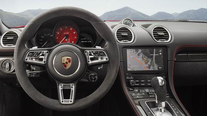 Porsche 718 GTS 2018 có giá từ 1,81 tỷ đồng - 3