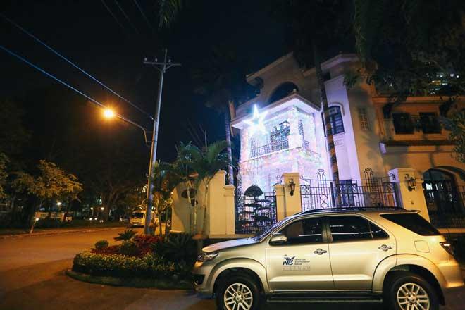 """Giáng sinh ở Sài Gòn: """"Lạc lối"""" ở 2 khu phố nhà giàu - 12"""