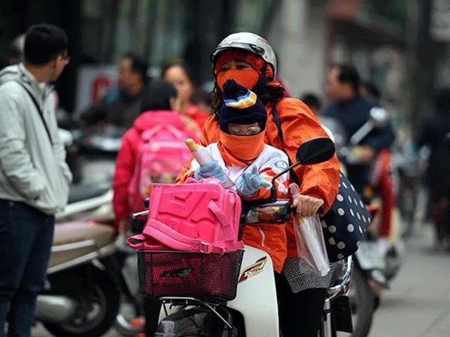 """Sài Gòn bất ngờ """"chớm đông"""", nhiệt độ xuống thấp nhất từ đầu tháng - 5"""