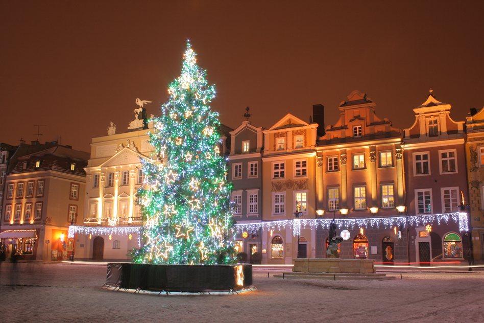 Muốn đón Noel theo cách truyền thống không thể bỏ qua những điểm đến này - 3
