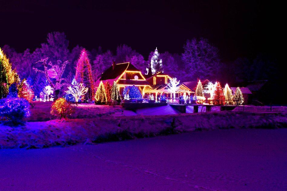 Muốn đón Noel theo cách truyền thống không thể bỏ qua những điểm đến này - 7