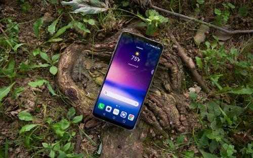 Những smartphone có màn hình thiết kế đẹp nhất 2017 - 5