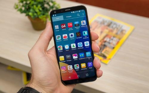 Những smartphone có màn hình thiết kế đẹp nhất 2017 - 8
