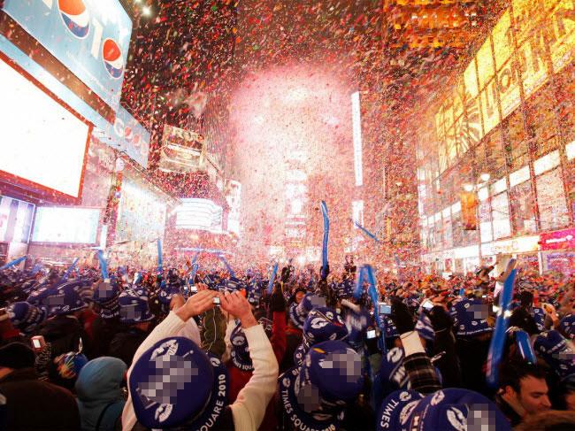 """10 đại tiệc đón năm mới 2018 """"nóng rẫy"""" trên khắp hành tinh - 5"""