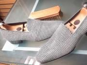 Thị trường - Tiêu dùng - Đôi giày 45,4 tỷ đồng, nạm 14.000 viên kim cương khiến nam giới mê mẩn