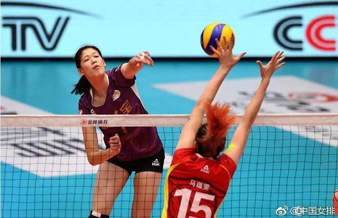 Trung Quốc có kỳ tài bóng chuyền: 17 tuổi, 1m92, 1 trận