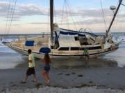 Thế giới - Hàng loạt tàu ma bí ẩn liên tục dạt vào bờ biển Mỹ